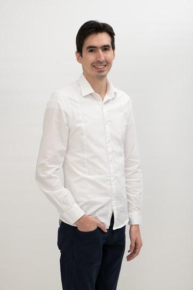 Fotografía del SEO y CEO de CRAWLO - Lakil Essady
